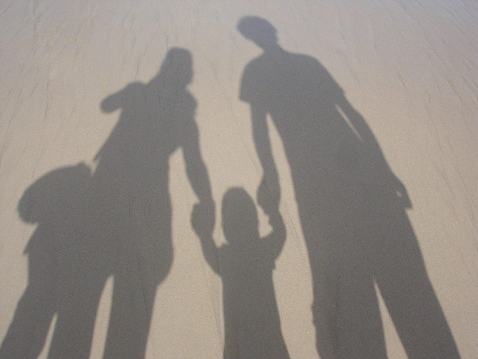 子育て、影、家族